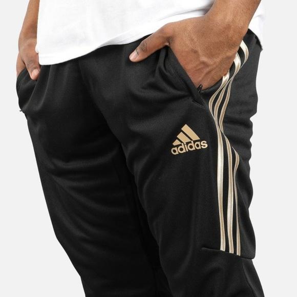 adidas Men's Tiro 17 Soccer Training Top   BK0292